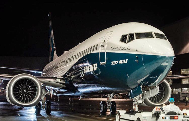 آشنایی با بوئینگ 737 مکس 8