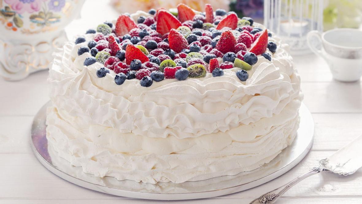 طرز تهیه کیک خامه وانیلی