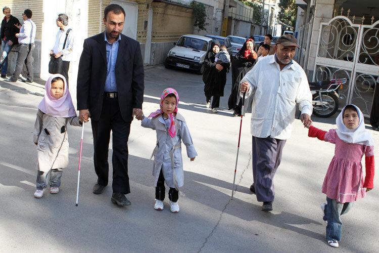 معابری که با نابینایان راه نمی آیند