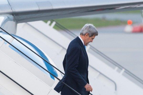 جان کری: حذف تحریم روسیه در گرو عمل به پیمان مینسک است
